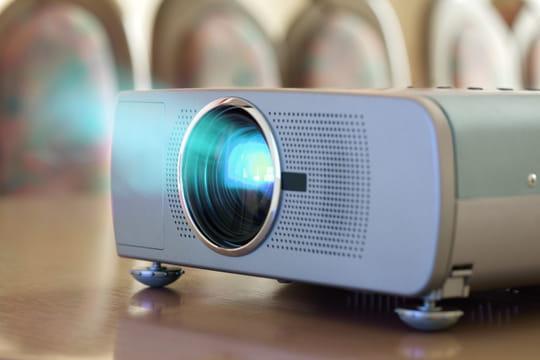 Video projecteur et visio conference